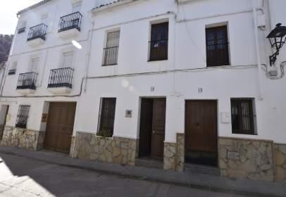 Chalet pareado en calle de los Corrales